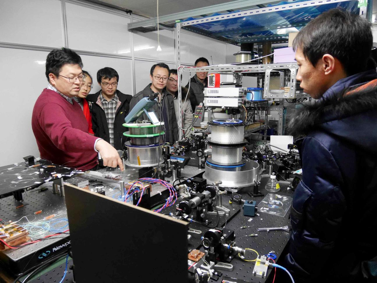 Harbin Engineering University students and faculty participate in international academic exchange on 'Advanced Photonics and Laser Technology' at UEC, Tokyo.