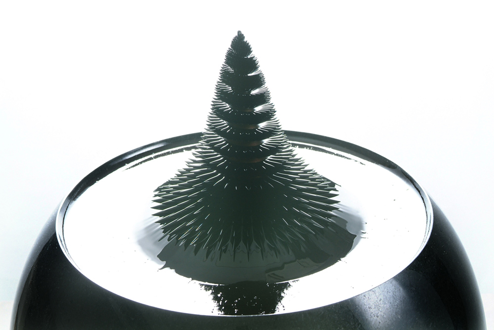 Convergence of science and art: Three dimensional dynamics of ferrofluid sculptures
