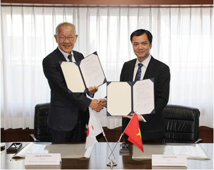 UEC signs general agreement with VNU-UET, Vietnam